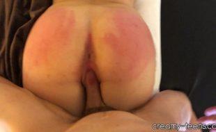 Safada rabuda fazendo um belo porno amador com seu amigo dotado